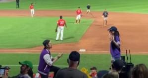 ΗΠΑ: Της έκανε πρόταση γάμου σε αγώνα μπέιζμπολ και τον παράτησε