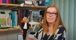 Τη δική της Barbie απέκτησε η επιστήμονας που συνδημιούργησε το εμβόλιο AstraZeneca