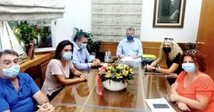 Αρναουτάκης: Ζήτησε αύξηση χρηματοδότησης για ένταξη περισσότερων οικογενειών στον ΚΔΑΠ