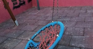 Ρέθυμνο: Μήνυση κατά αγνώστων για συστηματικές φθορές παιδικών χαρών και δημόσιων χώρων