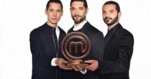 Ρεσιτάλ Κοντιζά: Μιμείται τον «Νονό» και οι Κουτσόπουλος-Ιωαννίδης δακρύζουν από τα γέλια