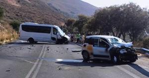 Τροχαίο ατύχημα στον ΒΟΑΚ στο ύψος του Πετρέ – Τέσσερεις τραυματίες (φωτο)