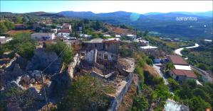 Συγκλονιστικές εικόνες μέσω drone στις σεισμόπληκτες περιοχές (βίντεο)