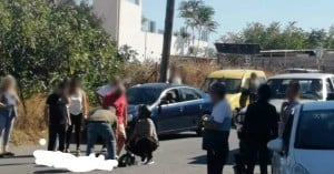 Τροχαίο με τραυματισμό σε σύγκρουση αυτοκινήτου με δίκυκλο (φωτο)