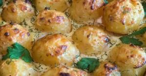 Ψητές πατάτες με παρμεζάνα