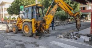 Ο Δήμαρχος Ηρακλείου στα έργα στα Θαλασσινά και στην Οδό Κομνηνών