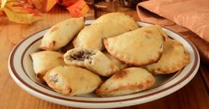 Φανταστικά μανιταροπιτάκια με σπιτική ζύμη από τυρί-κρέμα