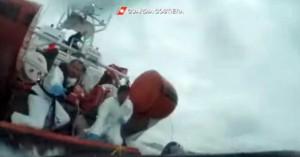Μεσόγειος: 128 πρόσφυγες και μετανάστες κινδυνεύουν να πνιγούν στα ανοιχτά της Μάλτας