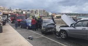Καραμπόλα έξι αυτοκινήτων στον περιφερειακό δρόμο του Ρεθυμνου (φωτο)