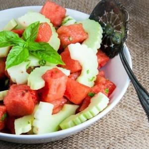 Σαλάτα με καρπούζι και αγγούρι