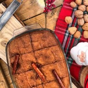 Χριστουγεννιάτικη καρυδόπιτα