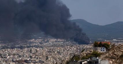 Φωτιά στη Μεταμόρφωση: Άκρως τοξικός ο καπνός – Οδηγίες στους πολίτες