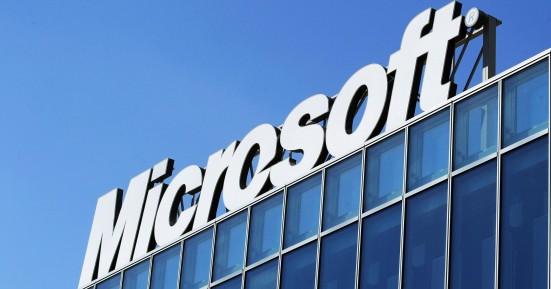Η Microsoft θα αντικαταστήσει τους δημοσιογράφους του MSN με ρομπότ