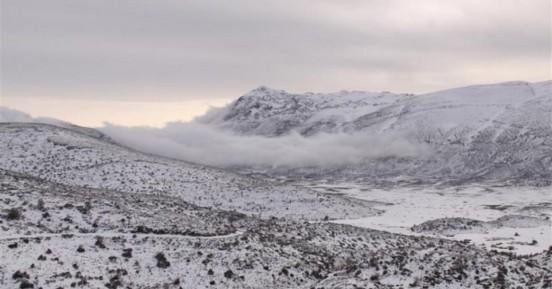 Τα εργοστάσια ηλεκτρικής ενέργειας «παράγουν» τεχνητό χιόνι