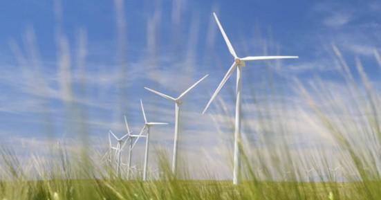 Η κλιματική αλλαγή αντιμετωπίζεται με σημαντικές επενδύσεις με Ανανεώσιμες Πηγές Ενέργειας
