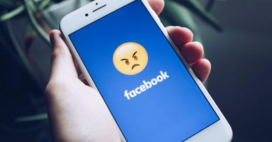 Facebook: Η «απειλή» να φύγει πλήρως από την Ευρώπη και η κόντρα για τα στοιχεία χρηστών