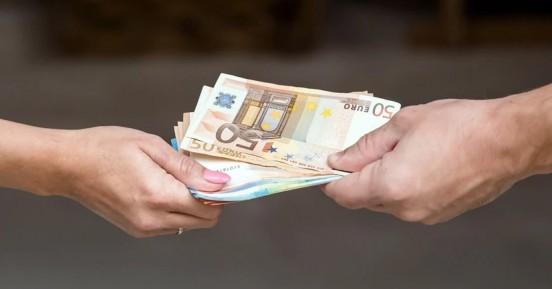 Για ποιο λόγο οι γυναίκες δεν πληρώνονται όσο οι άνδρες;