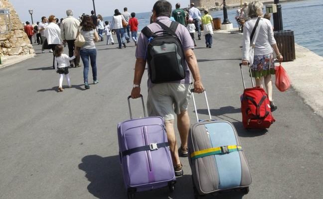 Αυξημένες αφίξεις – δαπάνες τουριστών στην δυτ. Κρήτη το 2017