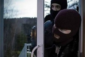 Πάνω από 26.000 ευρώ η λεία πέντε διαρρηκτών στη Χερσόνησο