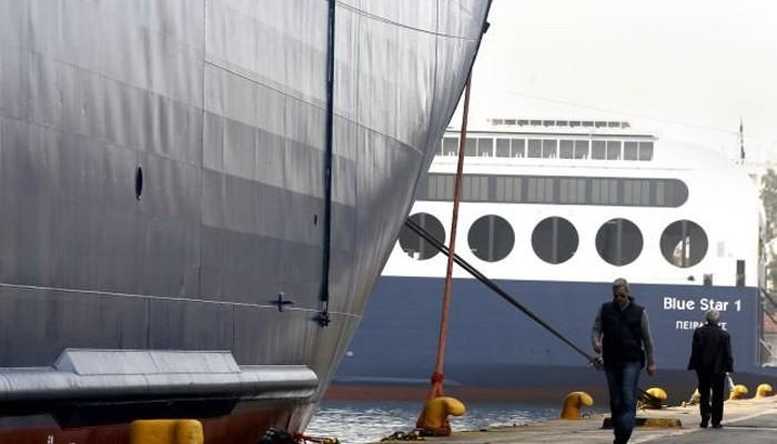Δεμένα τα πλοία στα λιμάνια - Τροποποιήσεις πτήσεων