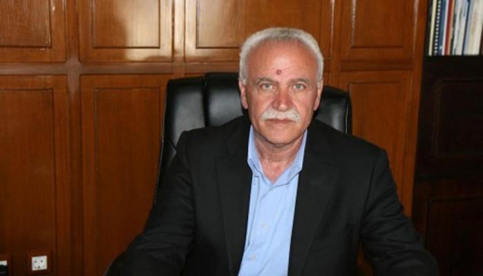 Ο Α. Βουλγαράκης για την επίθεση σε δημοσιoγράφο στη συγκέντρωση rosa nera