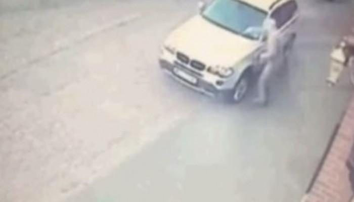 Εμπρηστής αυτοκινήτου έβαλε φωτιά στον... εαυτό του