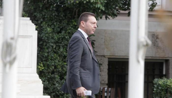 Κωνσταντοπούλου καλεί Στουρνάρα στη Βουλή την Παρασκευή