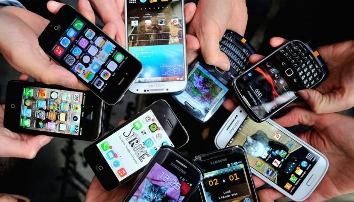 Χαράτσι σε tablet & κινητά: Τουλάχιστον 65 εκατ. θα δίνουμε ετησίως