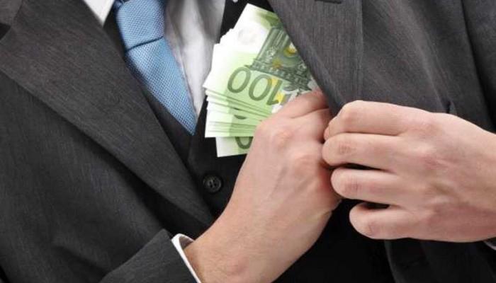 Κρητικοί εφοριακοί που πήγαν στην Ρόδο για έλεγχο πιάστηκαν για δωροδοκία
