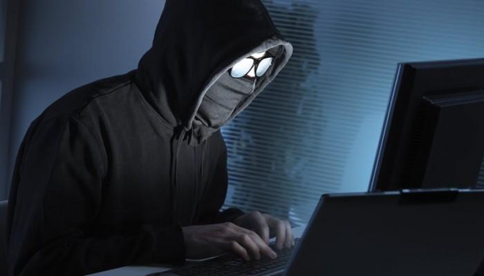 Ρωσία:Η αστυνομία συνέλαβε 20 Ρώσους χάκερς που έκλεβαν ρωσικές τράπεζες