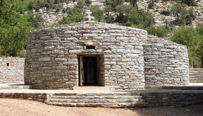Η Κρήτη έχει το δικό της άγιο της αγάπης (φωτό)