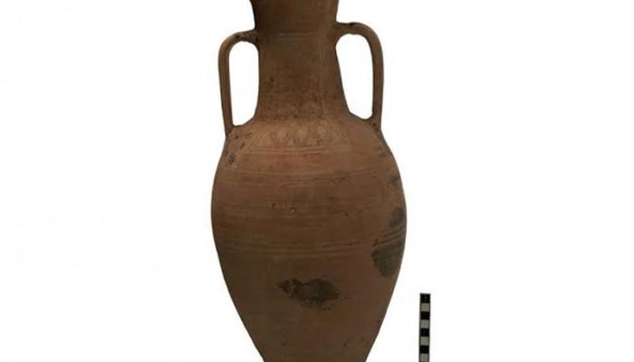 Αρχαίος αμφορέας «ταξίδευε» με το... ΚΤΕΛ