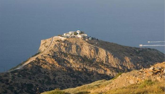 Telegraph: 4 ελληνικά παραλιακά θέρετρα στα καλύτερα 29 της Ευρώπης