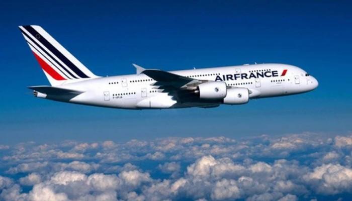 Η Κίνα κόβει πτήσεις της Air France για δύο εβδομάδες λόγω κρουσμάτων