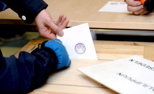 Πάνω από 10.000 πολίτες έχουν υπογράψει το αίτημα να διεξαχθεί δημοψήφισμα