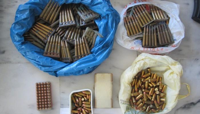 Χειροπέδες σε δύο Κισαμίτες για όπλο, σφαίρες, ναρκωτικά και λαθραία