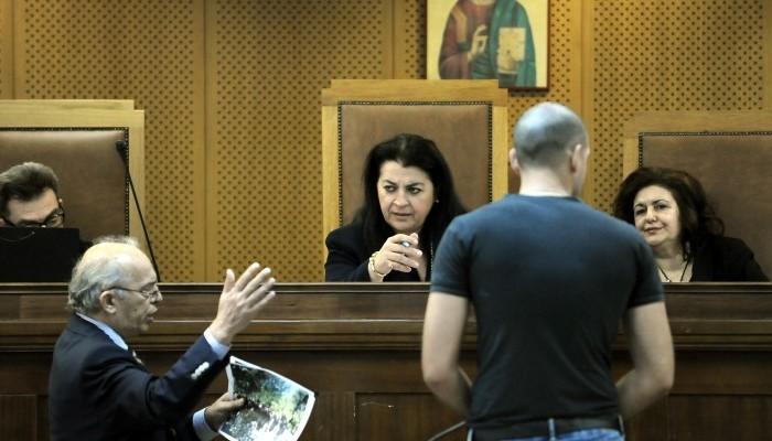 Δίκη Χρυσής Αυγής - Τζελλής: Προσβλητική η πρόταση της εισαγγελέως