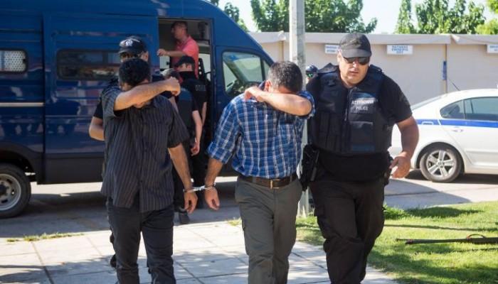 Οδηγήθηκαν στον εισαγγελέα οι οκτώ Τούρκοι στρατιωτικοί
