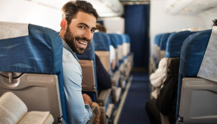 Αυτά έίναι τα μυστικά που οι αεροπορικές εταιρείες δεν θέλουν να μάθετε!