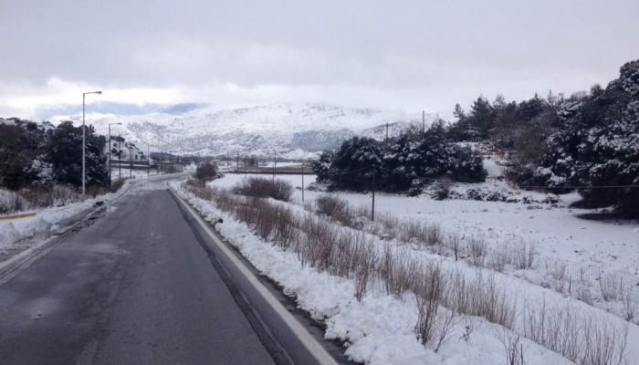 Χιόνια: Βελτιώνεται η κατάσταση στους δρόμους και στην Κρήτη