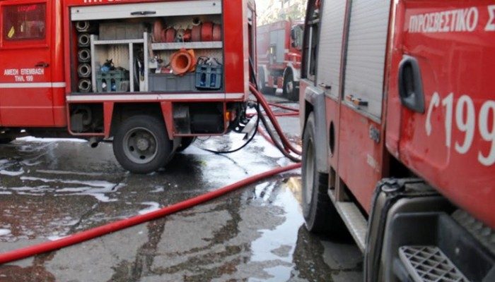 Φωτιά σε αποθήκη ηλεκτρονικών ειδών στο Ηράκλειο