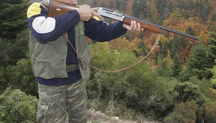 Ένταση στην απολογία του 47χρονου για τους πυροβολισμούς στις Βούτες