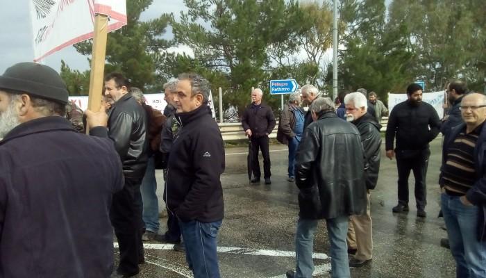 Παράσταση διαμαρτυρίας πραγματοποιούν οι αγρότες στην εφορία την Παρασκευή