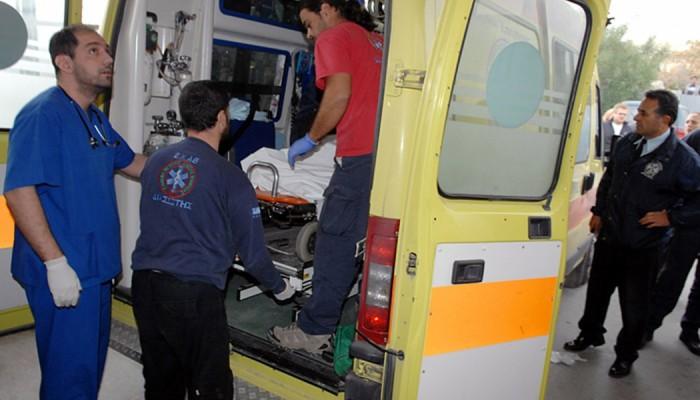 Φορτηγό συγκρούστηκε με ΙΧ μέσα στο λιμάνι της Σούδας