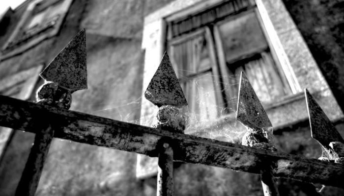 Η έπαυλη της φρίκης με τα μαρτυρικά βασανιστήρια