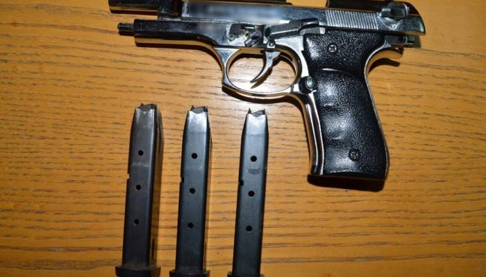 Άγιος Νικόλαος: Βρήκαν στο σπίτι 28χρονου όπλα και γεμιστήρες