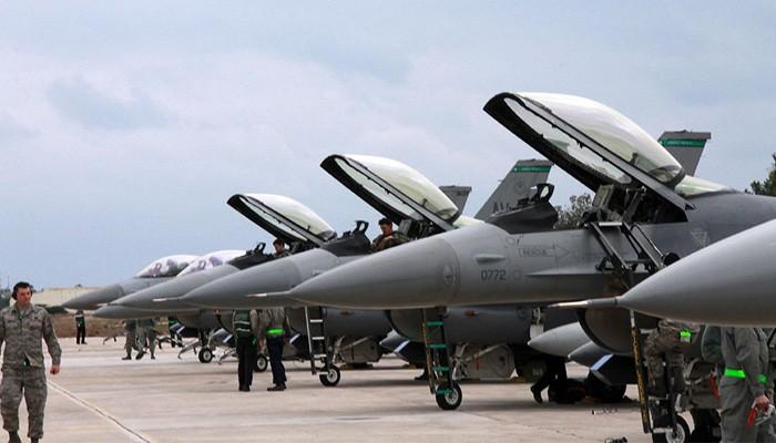 Στα Χανιά 14 αμερικανικά αεροσκάφη F-16CM για εκπαίδευση των πιλότων (φωτο)