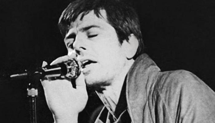 Πώς γεννήθηκε το διάσημο τραγούδι του Παύλου Σιδηρόπουλου «Στην Κ.»