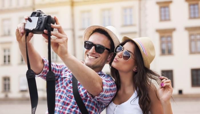 Ρεκόρ για τα Χανιά στις αφίξεις τουριστών - Ποια τοπικά προϊόντα αγοράζουν