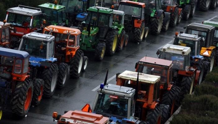 Ξανά στον αγώνα με τους αγρότες